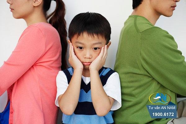 những ảnh hưởng tâm lý đối với con