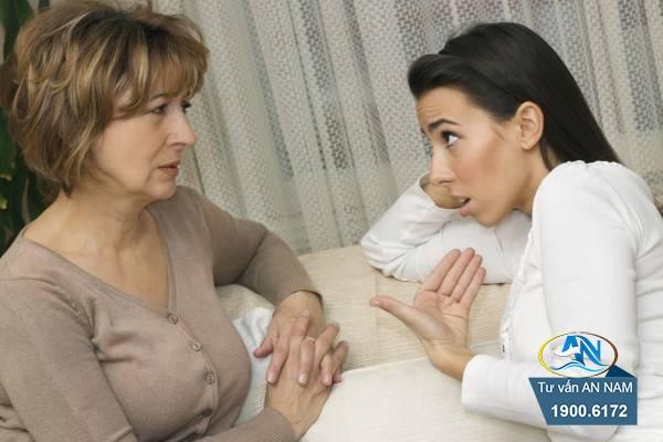 vợ cấm chồng về nhà mẹ đẻ
