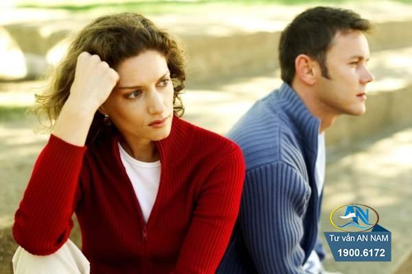 vợ chồng mâu thuẫn