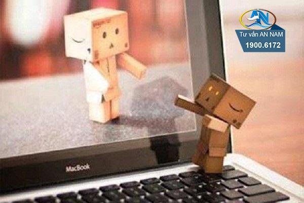 tình yêu trong thế giới ảo