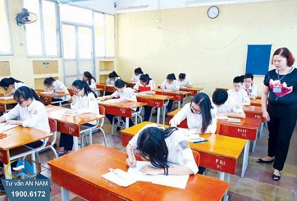 áp lực học đường
