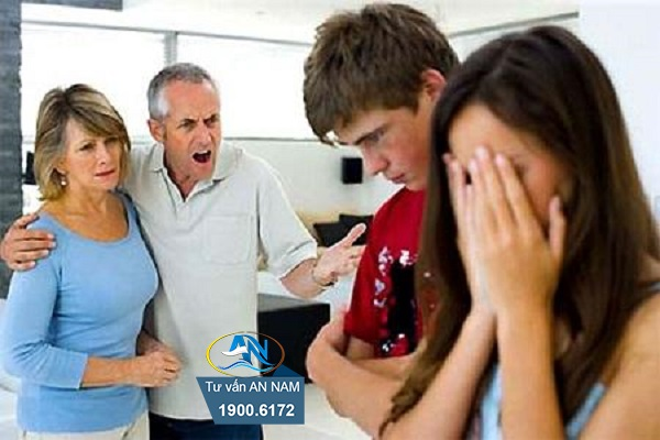 Bố mẹ cô ấy phản đối mối quan hệ